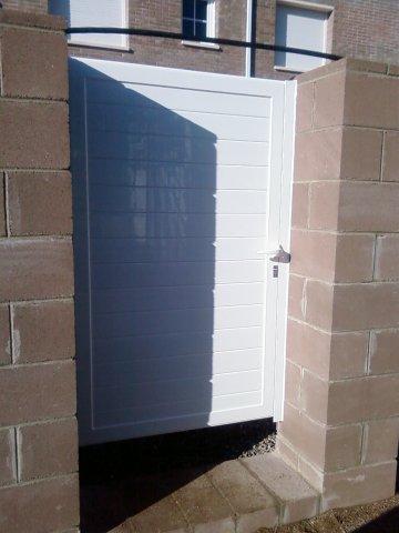 Puertas jardin aluminio fabulous para with puertas jardin - Puertas de aluminio para jardin ...